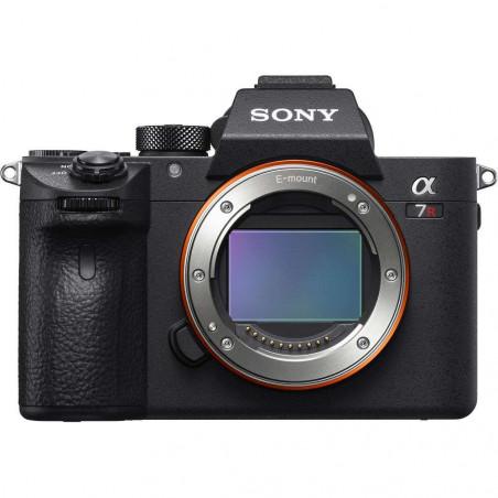 a7RIII Fotocamera Sony CMOS full frame 42.4MP, 4K in camera con S-Log3 e HDR, E-mount Solo Corpo