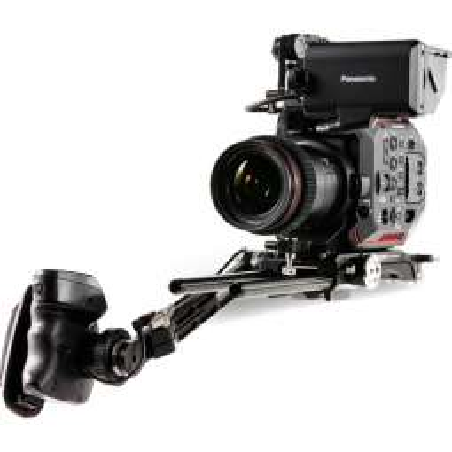 ES-T86-VM Tilta Camera Cage per Panasonic EVA1 piastra batteria con attacco V-Mount